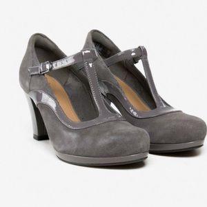 NWOT Clark's Chorus Pitch Gray Heels